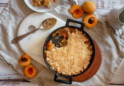 Crumble abricot-pomme et amande