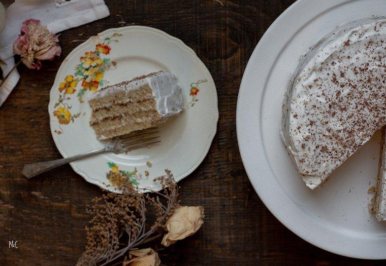 Gâteau de fête vegan à la noisette