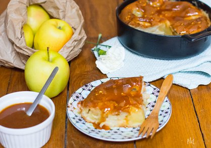 Gratin de pommes, sauce caramel salé