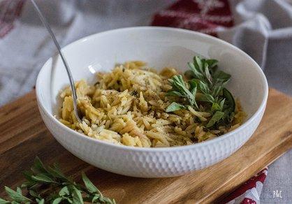 Orzotto crémeux à la courge spaghetti