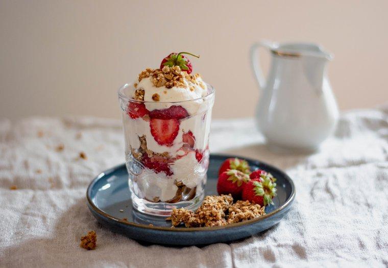 Parfait aux fraises et au granola