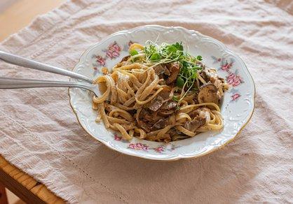Pâtes aux champignons, sauce vin blanc