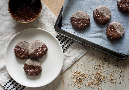 Sablés sarrasin, chocolat & amande