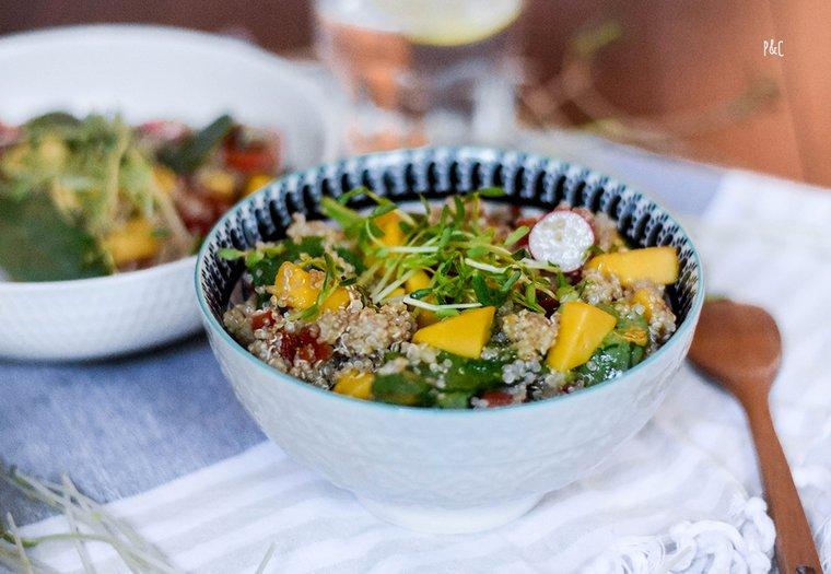 Salade à la mangue et au quinoa