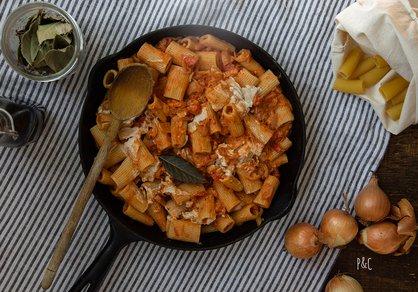 Sauce tomate et crème de cajou pour des pâtes rapides
